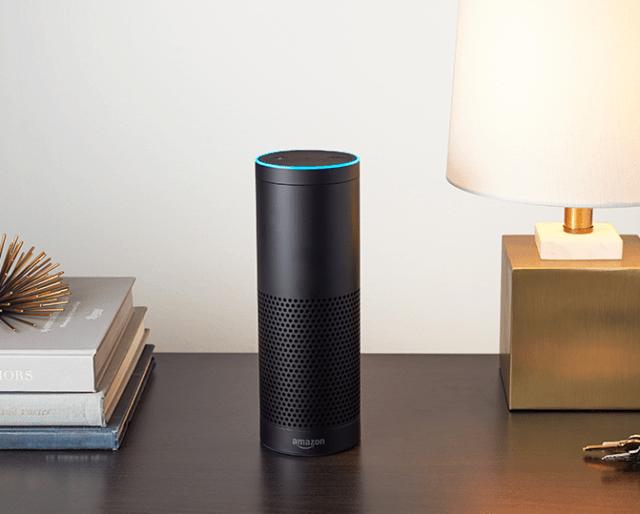 米Amazon音声認識デバイスシェア70%超でさらに加速、カメラ型Echo Lookに続き間もなくスクリーン搭載モデルも