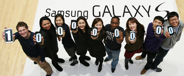 Samsung Galaxy 100 million