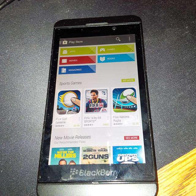 Google Play Store on Blackberry Z10 3