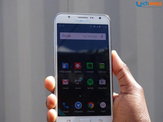 Samsung_Galaxy_J7_1