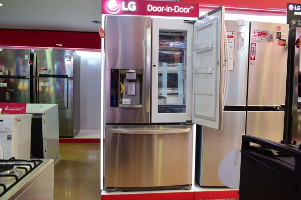 LG Door-in-Door Model 3