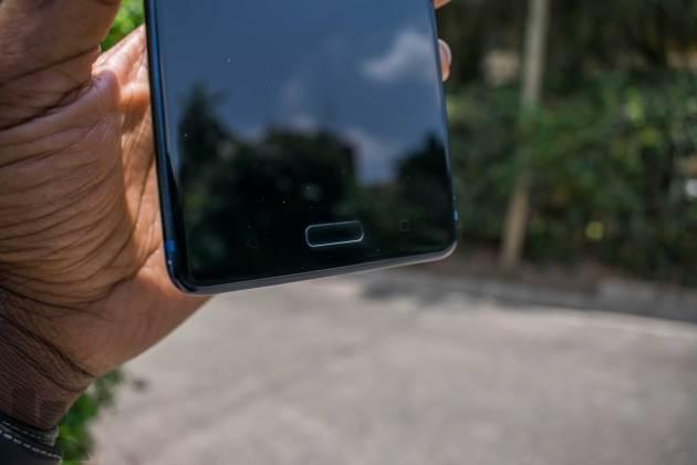Nokia-8-Front-Bottom