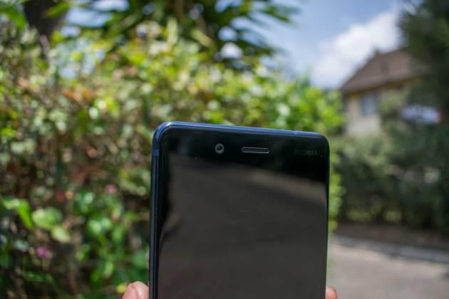 Nokia-8-Front-Top