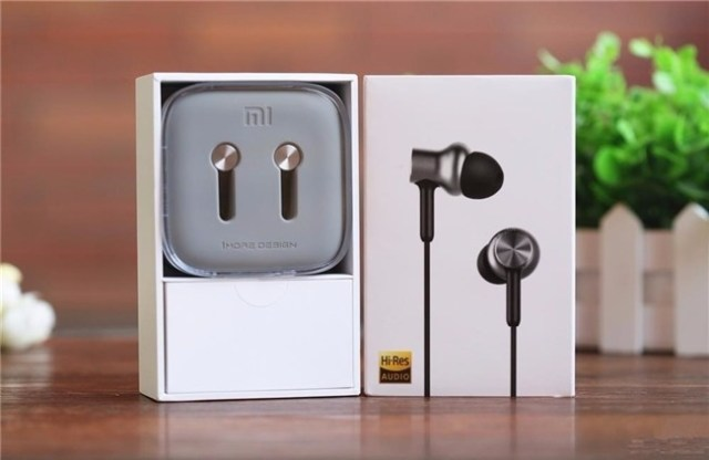 Mi In-ear earphones
