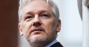 julian assange arrested embassy london