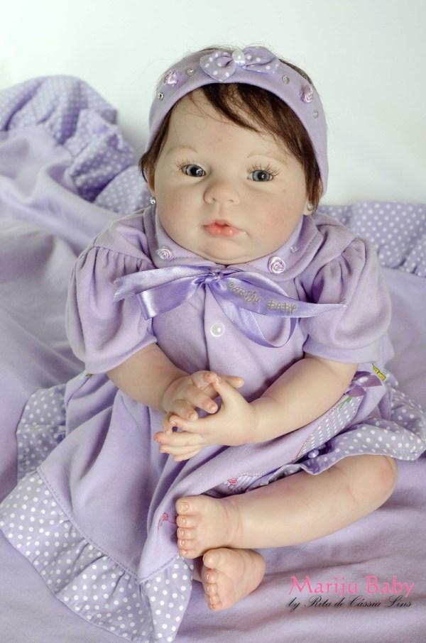 Linda boneca reborn