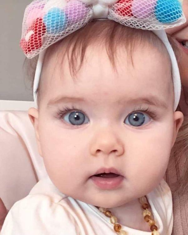 olhos lindos e azul