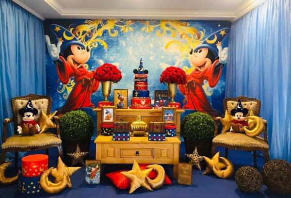 Tema de decoração com personagens da Disney.