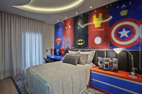 Decoração de quarto do ''Super-Heróis''.
