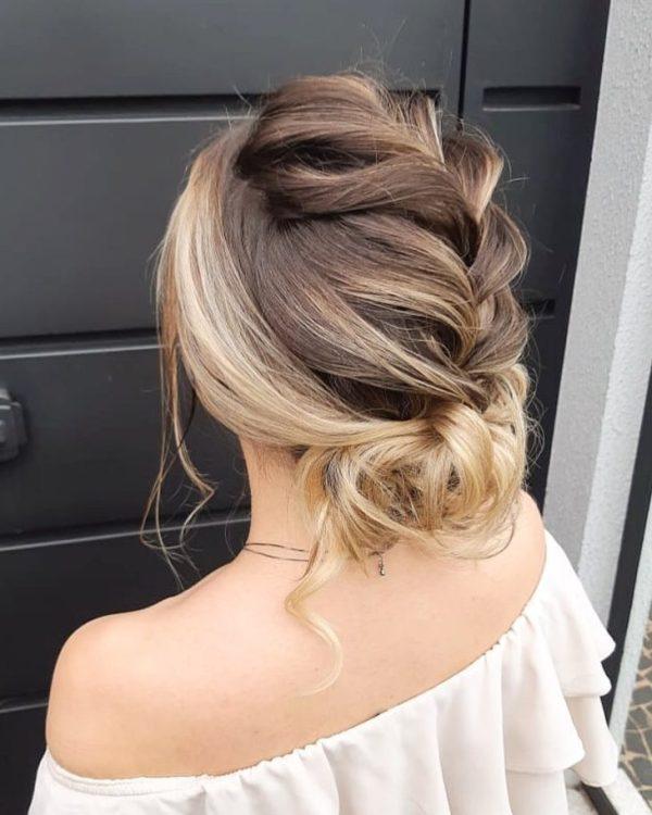 Penteado cabelo médio amarado