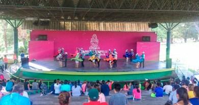 Presentación del Ballet de Danza Folcklórica México Tenochtitlan