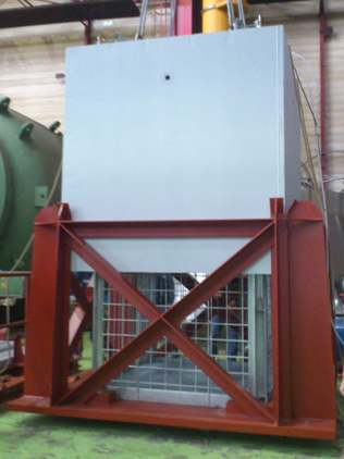 Campana sumergible en piscina para desmantelamiento internos reactor