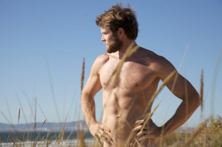 CRUISING_AT_BEACH_19_by_Antonio_Da_Silva_Colby_Keller2