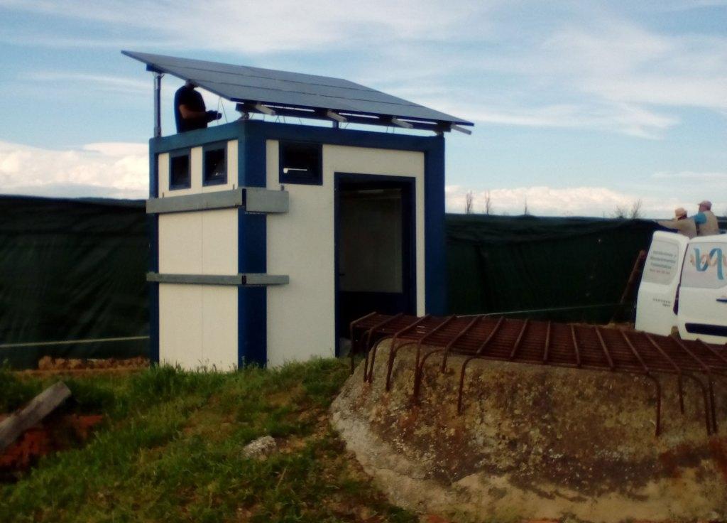 Riego por bombeo solar para granja de caracoles