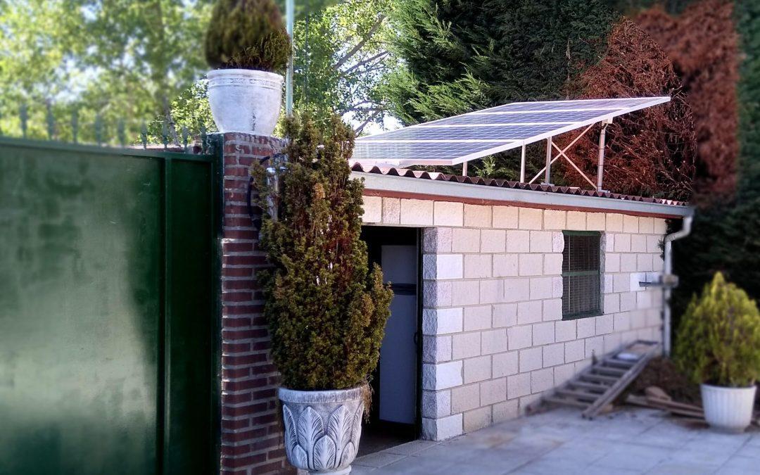 Residencial en «Arbejal» 1,5kWp 24v-640Ah