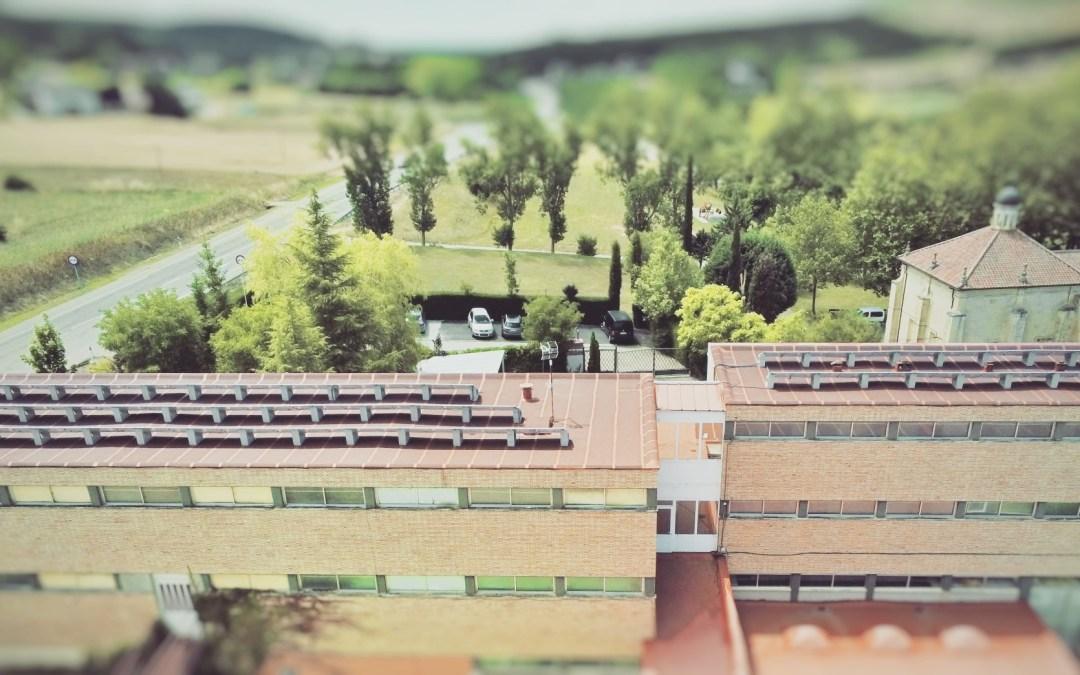 Instalación de autoconsumo fotovoltaico con soportes Solarbloc