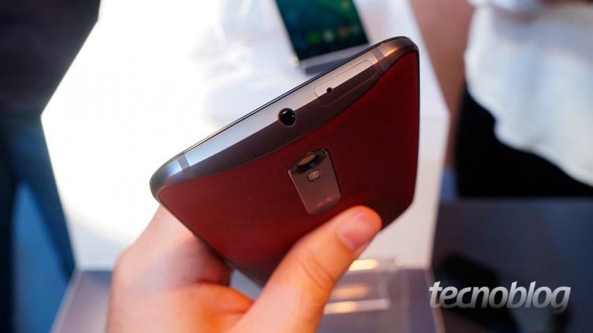 Moto X Style: as curvas de design da Motorola permanecem vivas