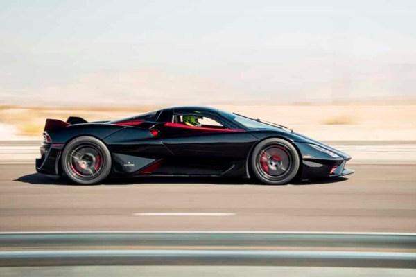 Superesportivo SSC TUATARA atinge 532 km/h e se torna o carro de produção mais veloz do mundo