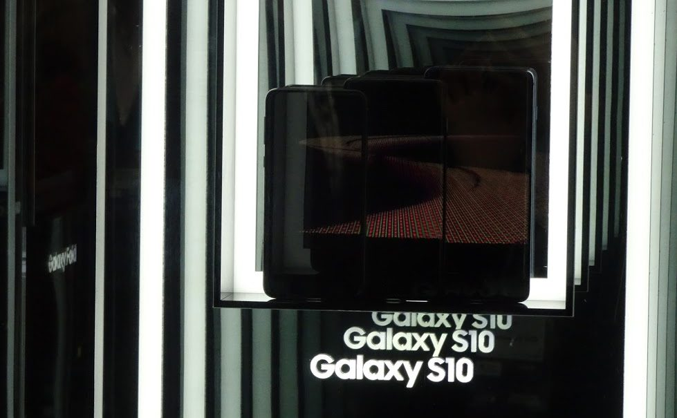 Smartphone e famiglie superconnesse, i cinque consigli anti-dipendenza di Samsung