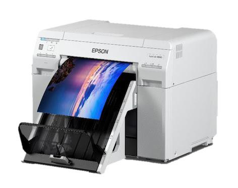 Epson presenta una stampante fotografica compatta e in grado di supportare più formati