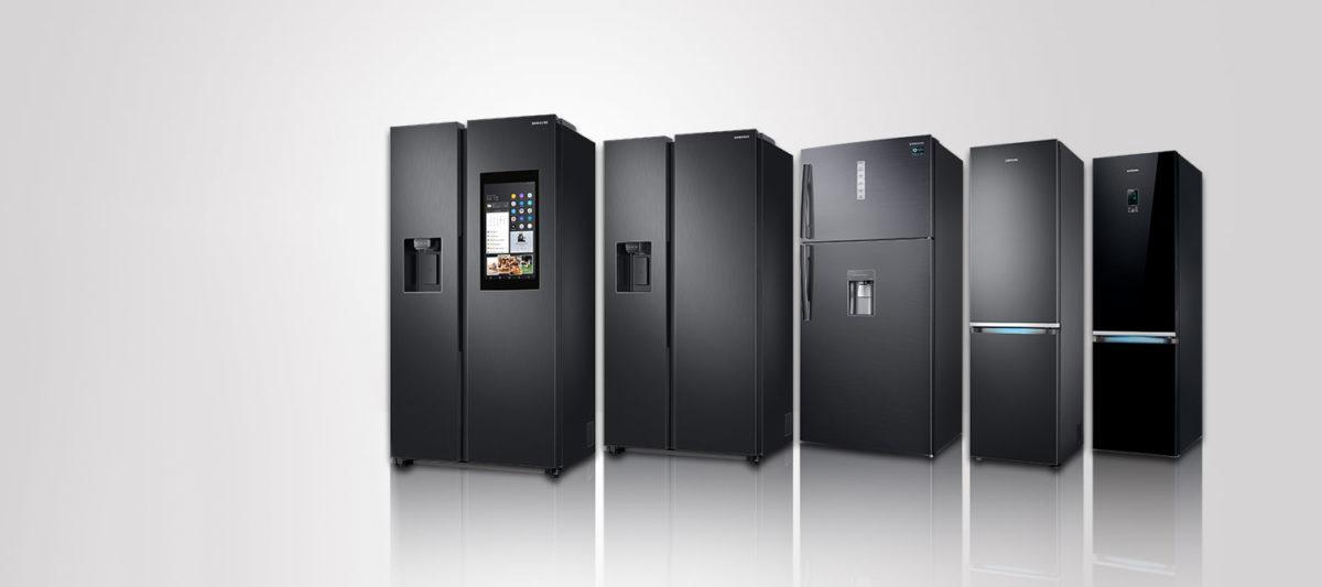 Durante la settimana della moda anche i frigoriferi di Samsung si vestono (di nero)