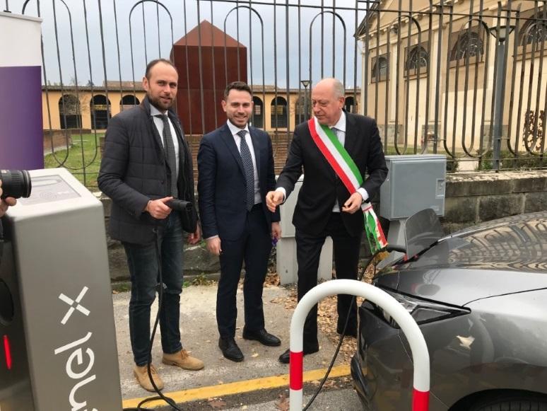 Mobilità, a Lucca 40 nuovi punti di ricarica Enel X