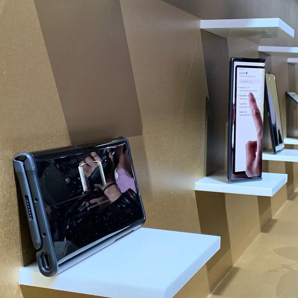 Huawei Mate Xs, il video del nuovo foldable per tutti (ma non per tutti)
