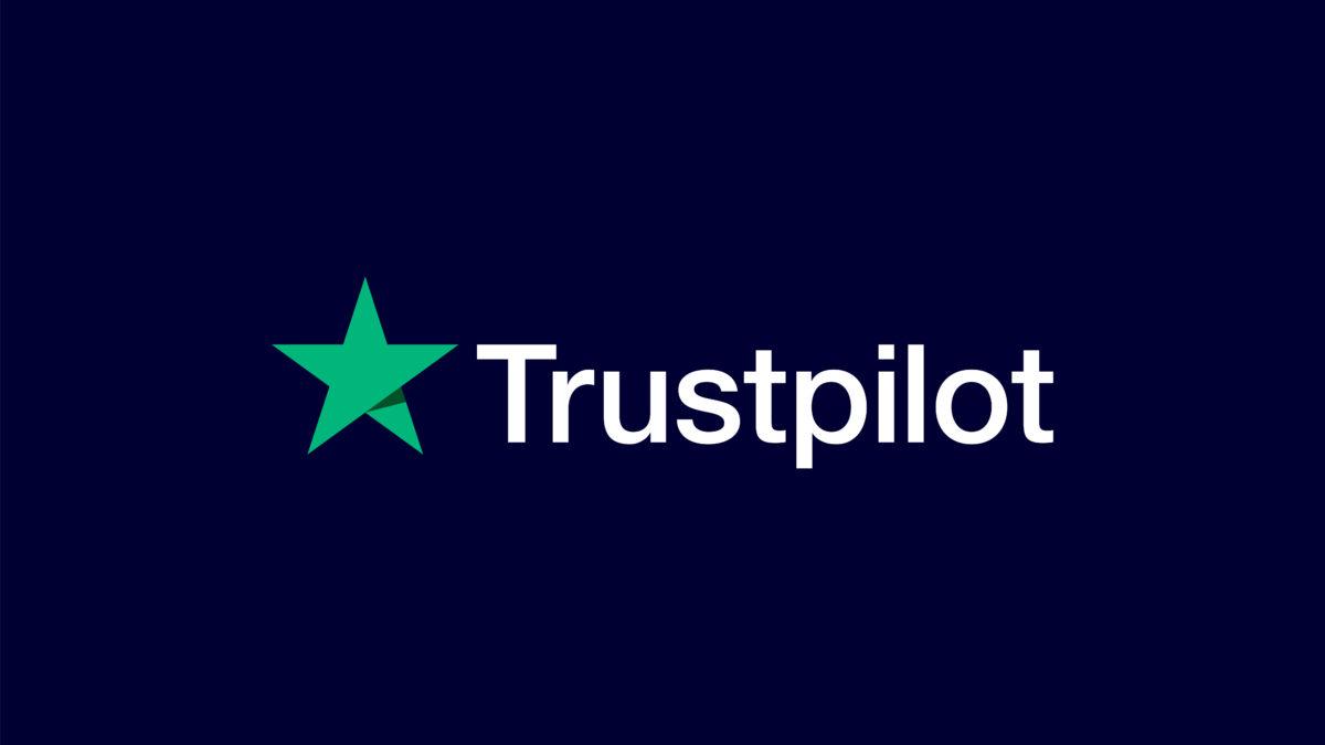 Eliminate oltre 2.2 milioni di recensioni false nel 2020, il Report sulla Trasparenza di Trustpilot