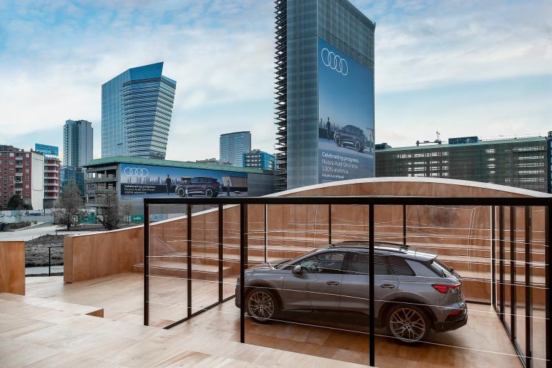 Audi Q4 e-tron in anteprima mondiale a Milano