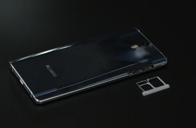 Blubo Xtouch-telefono