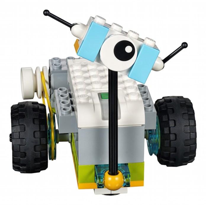 Tecnopia-lego-mini-bot