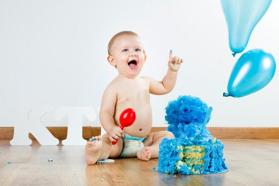 Los bebés pueden evaluar sus propias dudas y compartir esta información con los demás para alcanzar sus objetivos. / Fotolia