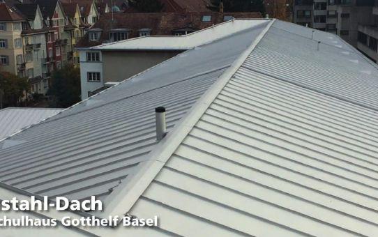 Chromstahl-Dach für das Schulhaus Gotthelf in Basel