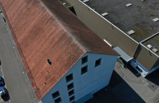 s'Drooni über Baar