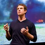 Sean Gourley: The mathematics of war