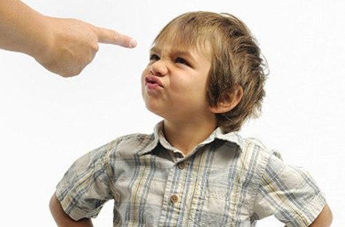 Gyereknevelés török módra: Koccanhatnál többet a gyerekeddel!