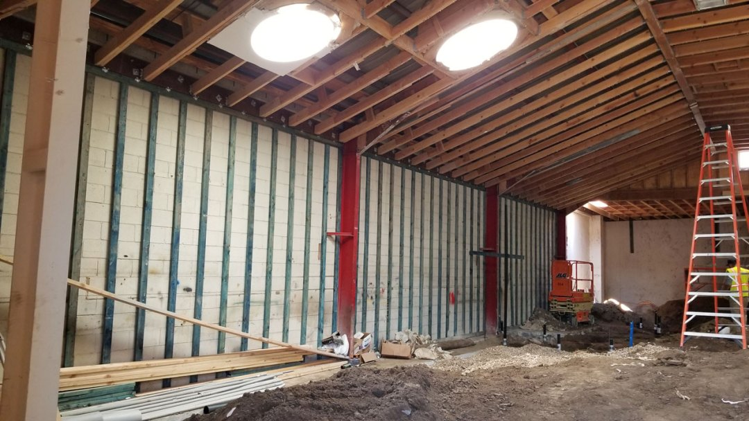 Robertsons restaurant interior-exterior construction