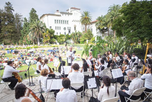 Santa Barbara's West Coast Symphony serenaded another Fiesta to a close on Sunday at the Courthouse Sunken Garden.