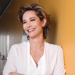 Teresa Giráldez, ponente