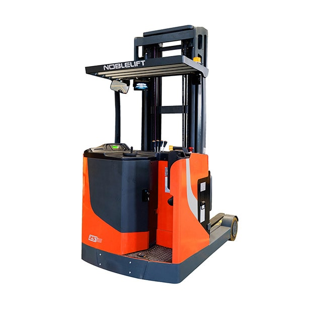 stand-on-reach-truck-in-muscat