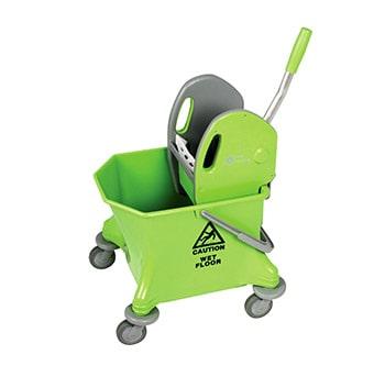 عربة دلو واحدة خضراء