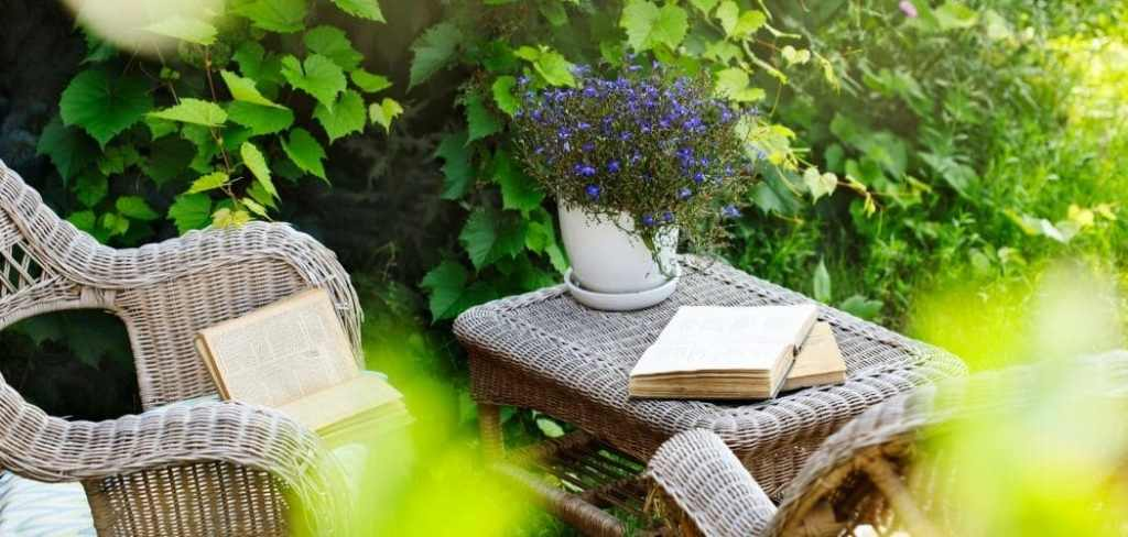 How to Transform Your Book Nook for Summer