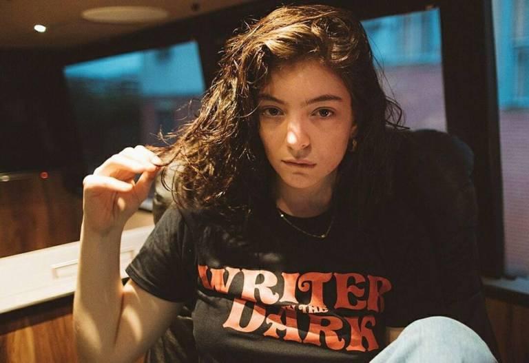"""Lorde anuncia novo single para a era """"Solar Power"""""""