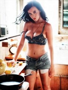 14 секси снимки на Кейти Пери