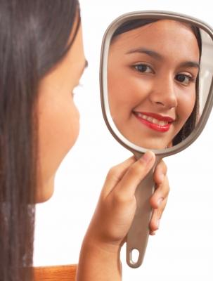 Positive thinking improves your whole life. Image courtesy of freedigitalphotos.net