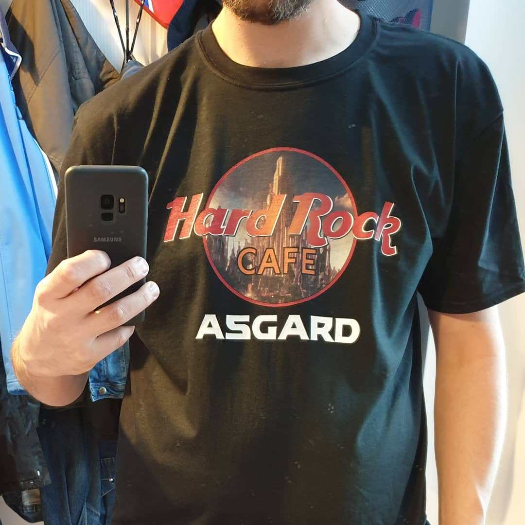 Hard Rock Cafe Asgard Marvel Avengers Shirts photo review
