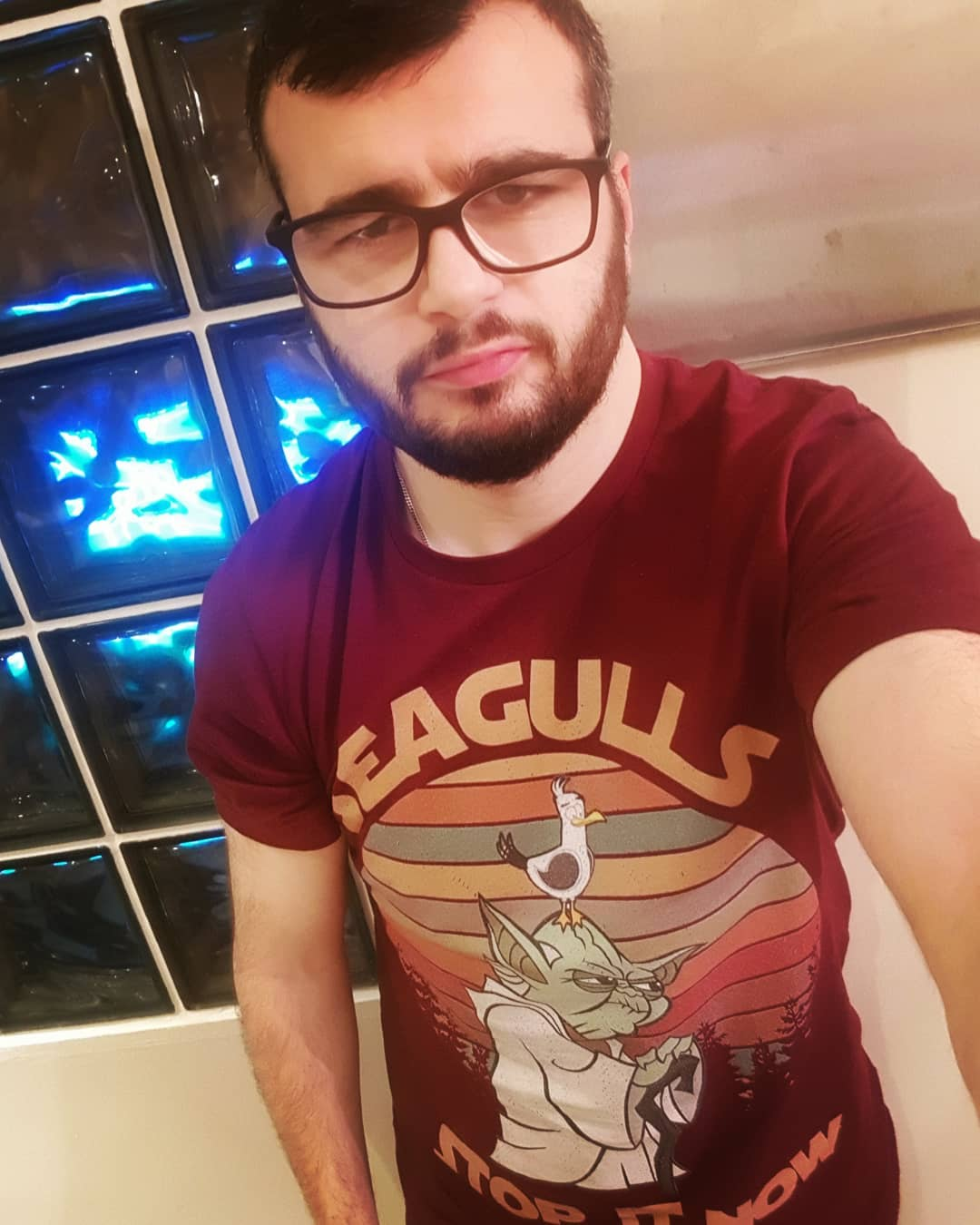 Seagulls Stop It Now Funny Yoda Star Wars Vintage Shirts photo review