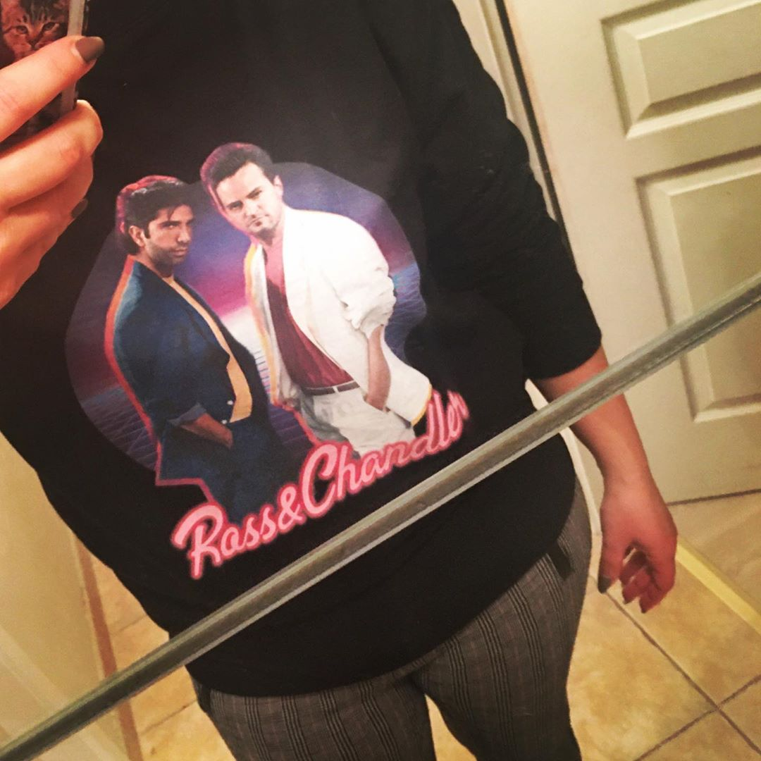 Ross & Chandler F.R.I.E.N.D.S Retro Shirts photo review