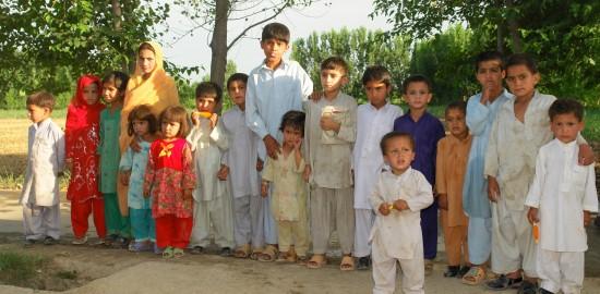 Kids at Prakhro Dera