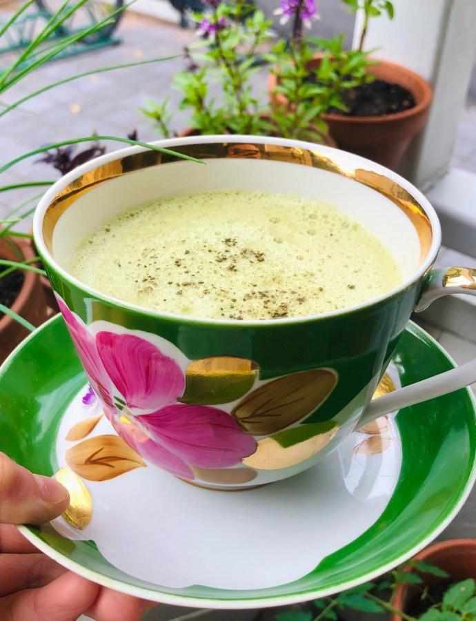 Helppo ja perinteinen matcha-latte!